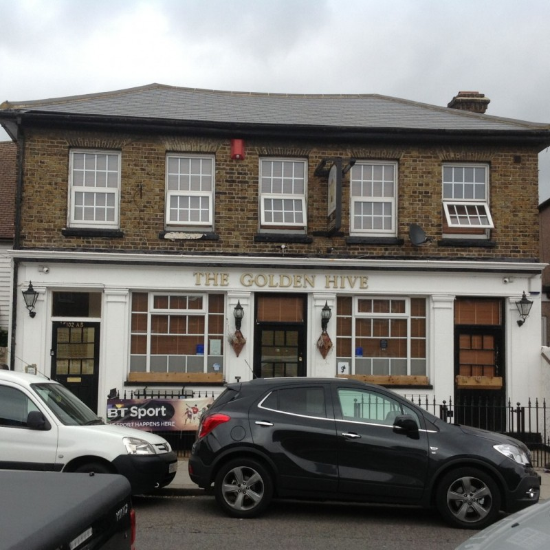 Change of use of public house to flats and extension