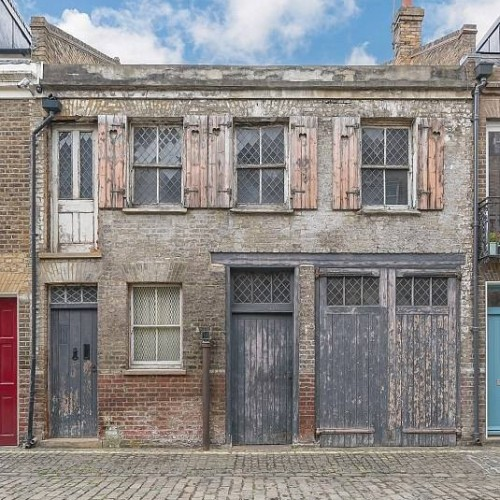 'Beautifully derelict' one-bed home Little Venice goes on the market.
