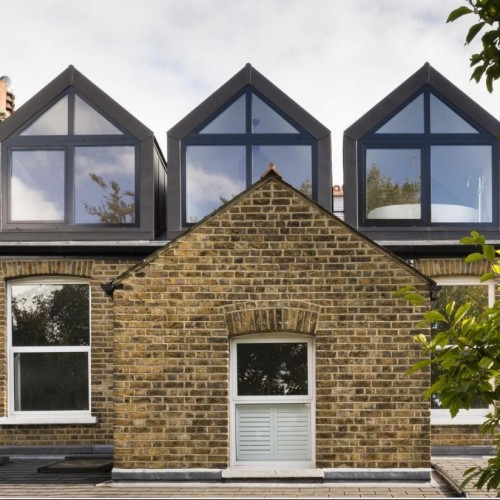 How to extend your home into your loft without the need for planning permission.