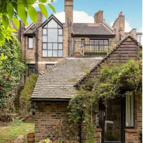 Unique Four-Story Chelsea Fixer-Upper For SALE in London