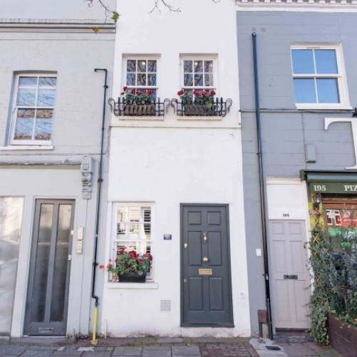Slim House in Battersea