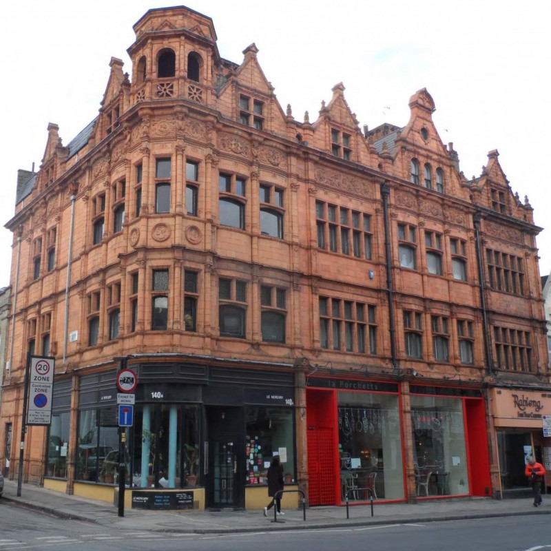 Conversion A3 unit of listed building to a 2-bedroom flat