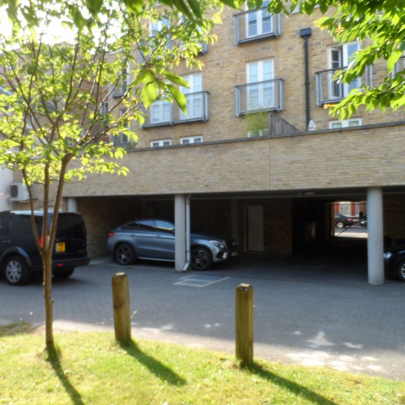 Lawful Development Certificate for use of car park for 5-7 parking spaces for residents